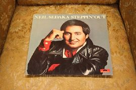 Neil Sedaka - Steppin' out, 2383 383, Polydor 1976
