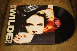 Kim Wilde - Close, MCG 6030, MCA Records 1988