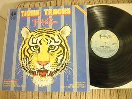 Teddy the Tigers , Tiger tracks.  K - Tel records NS - 4046.