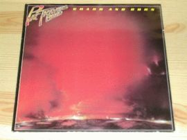 Pat Travers band , Crash and burn. Polydor records 1980.