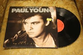 Paul Young - Tomb of memories, 12.6321, CBS Records 1985 (maxi single)
