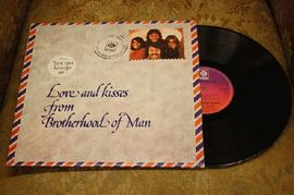 Brotherhood of man - Loves and kisses from Brotherhood of man,  NSLP 18490, P E Records 1976