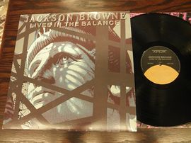 Jackson Browne , Lives in the balance . Asylum records 1986
